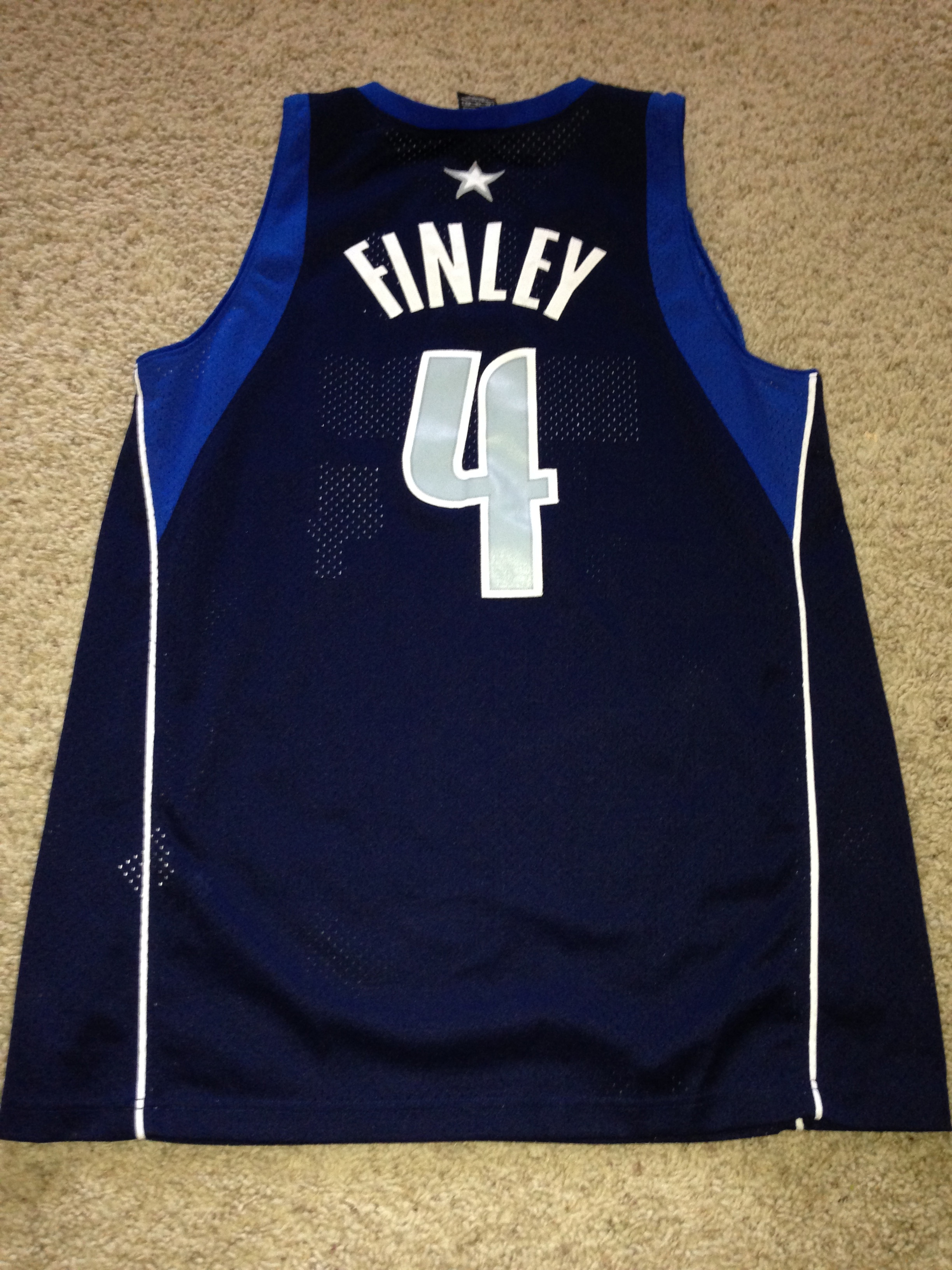 "Wolves Mavs Preview The ""I found my old Michael Finley jersey"
