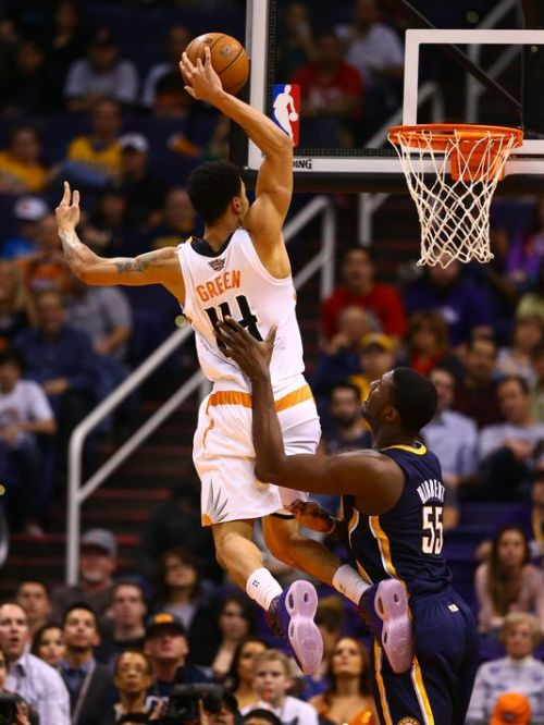 Gerald Green gets high. (Photo by Mark J. Rebilas, USA TODAY Sports)