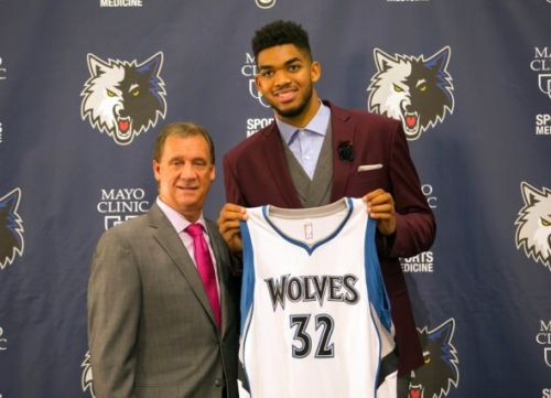 flip-saunders-karl-anthony-towns-nba-minnesota-timberwolves-press-conference-590x900