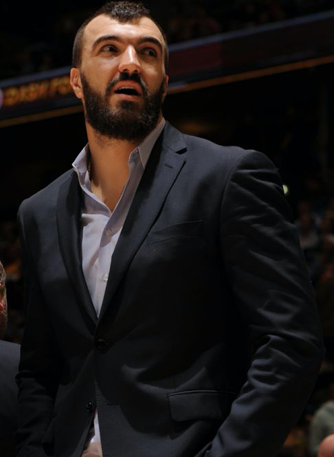 pekovic-suit